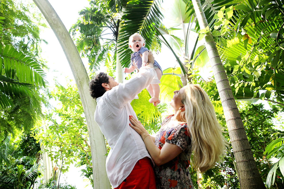 Family Childrens Photography London kew gardens greenhouse baby in palms