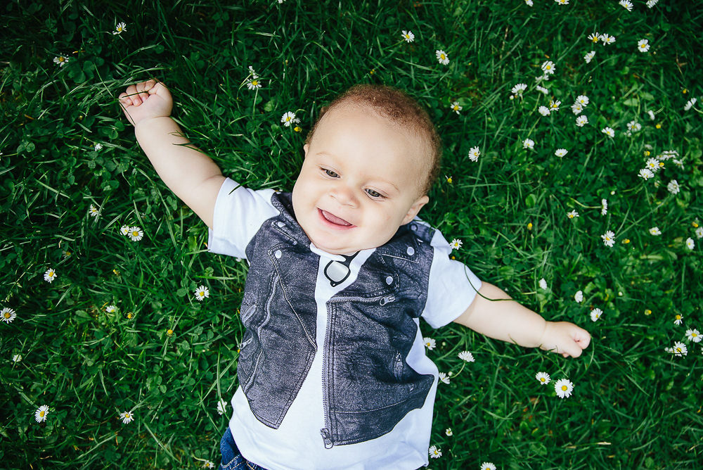 BABY BOY ON GRASS WITH DAISIES - KENT FAMILY PHOTOGRAPHER