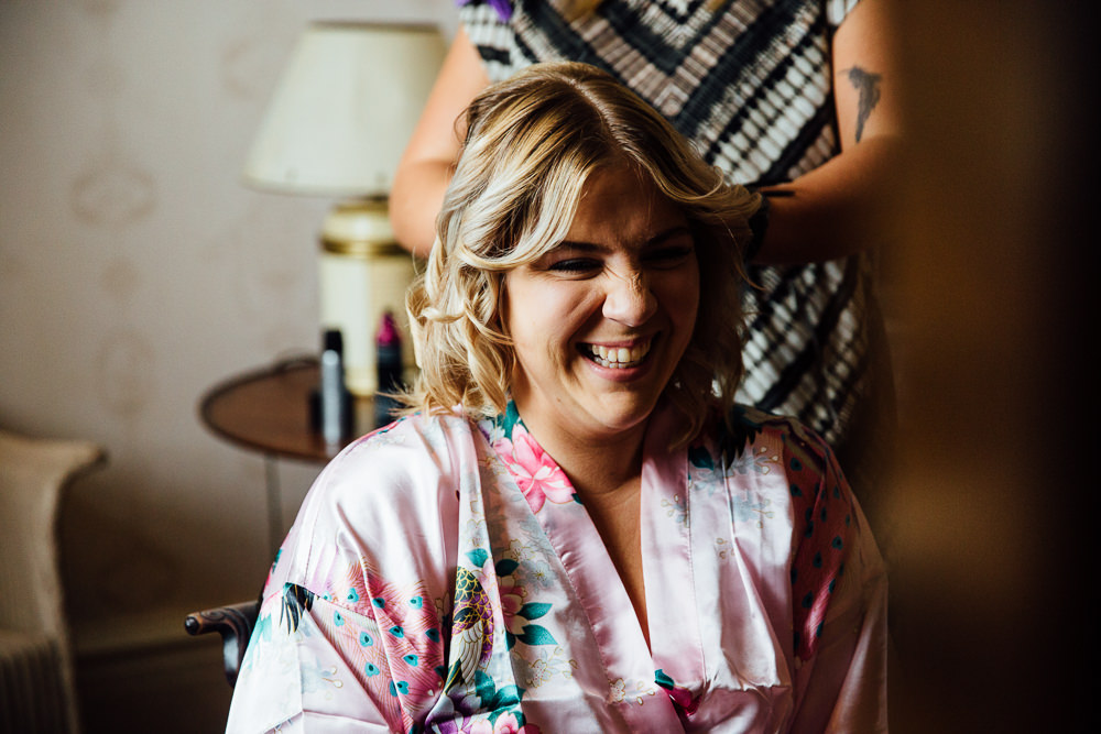 bridesmaid prep bilsington priory kent wedding photographer
