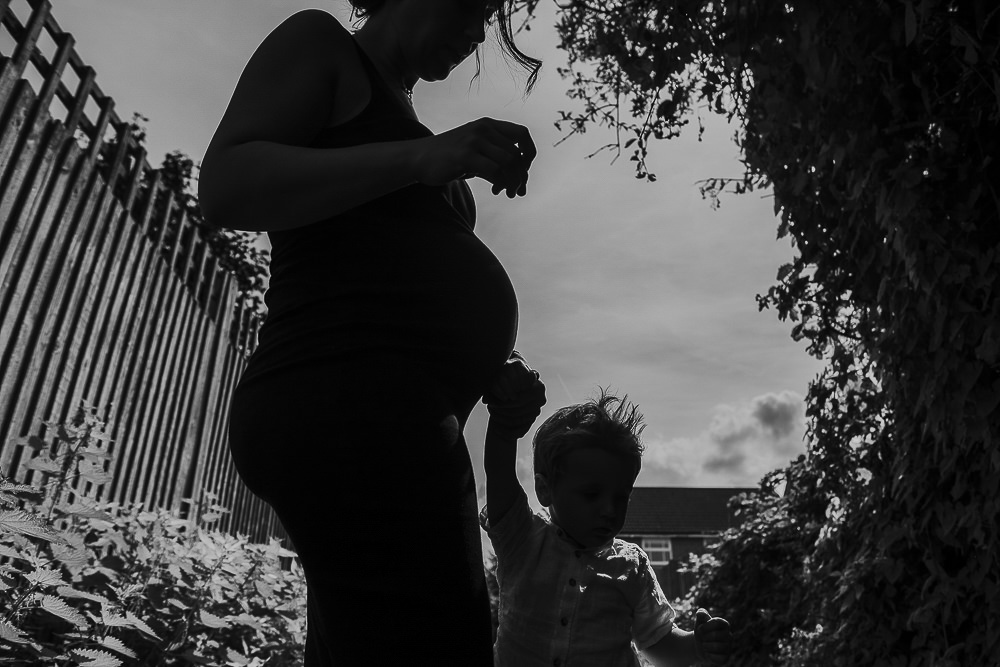 KENT PHOTOGRAPHER FAMILY PHOTOGRAPHY MATERNITY SILHOUETTE