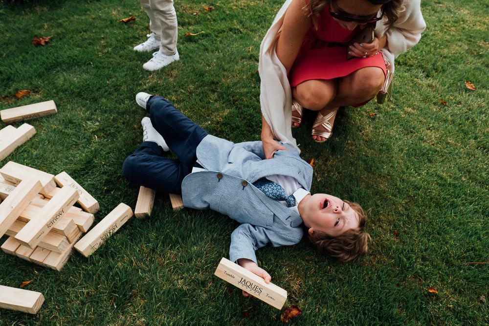 KENT PHOTOGRAPHER PINES CALYX DOVER WEDDING PHOTOGRAPHY BOY JENGA BRICKS
