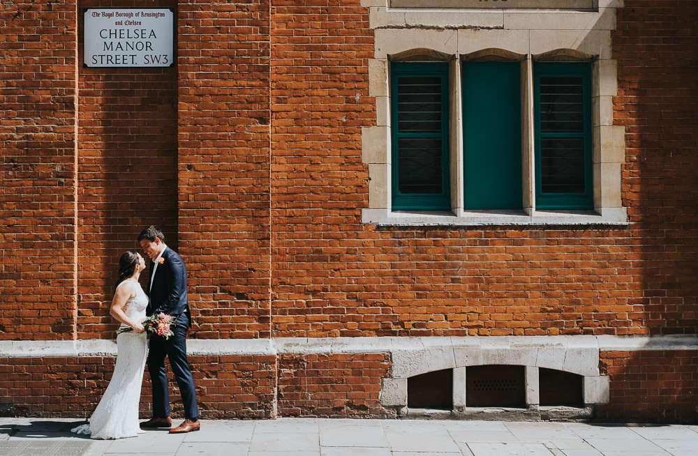 KENT PHOTOGRAPHER CHELSEA REGISTRY OFFICE TOWN HALL WEDDING PHOTOGRAPHY LONDON