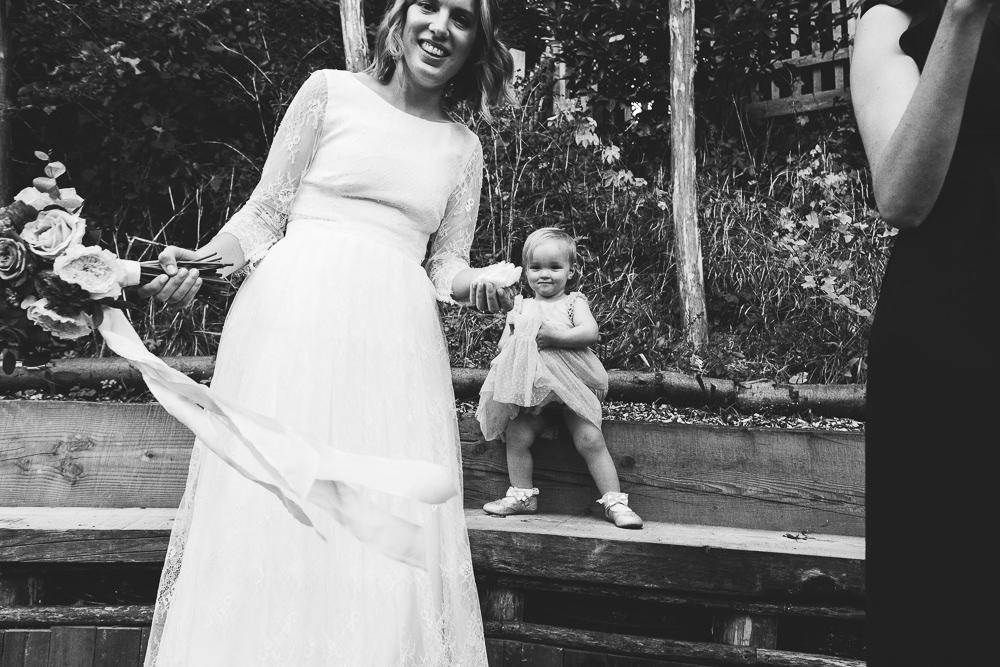 KENT PHOTOGRAPHER PINES CALYX DOVER WEDDING PHOTOGRAPHY