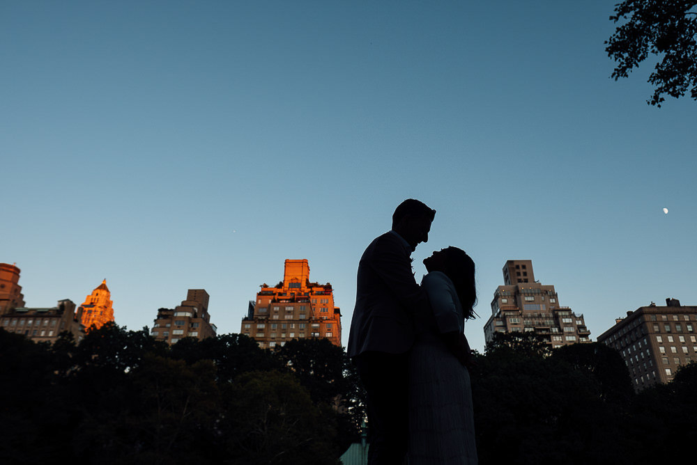 KENT PHOTOGRAPHER NYC NEW YORK WEDDING PHOTOGRAPHY CENTRAL PARK BOAT HOUSE LAKE BRIDAL PORTRAIT