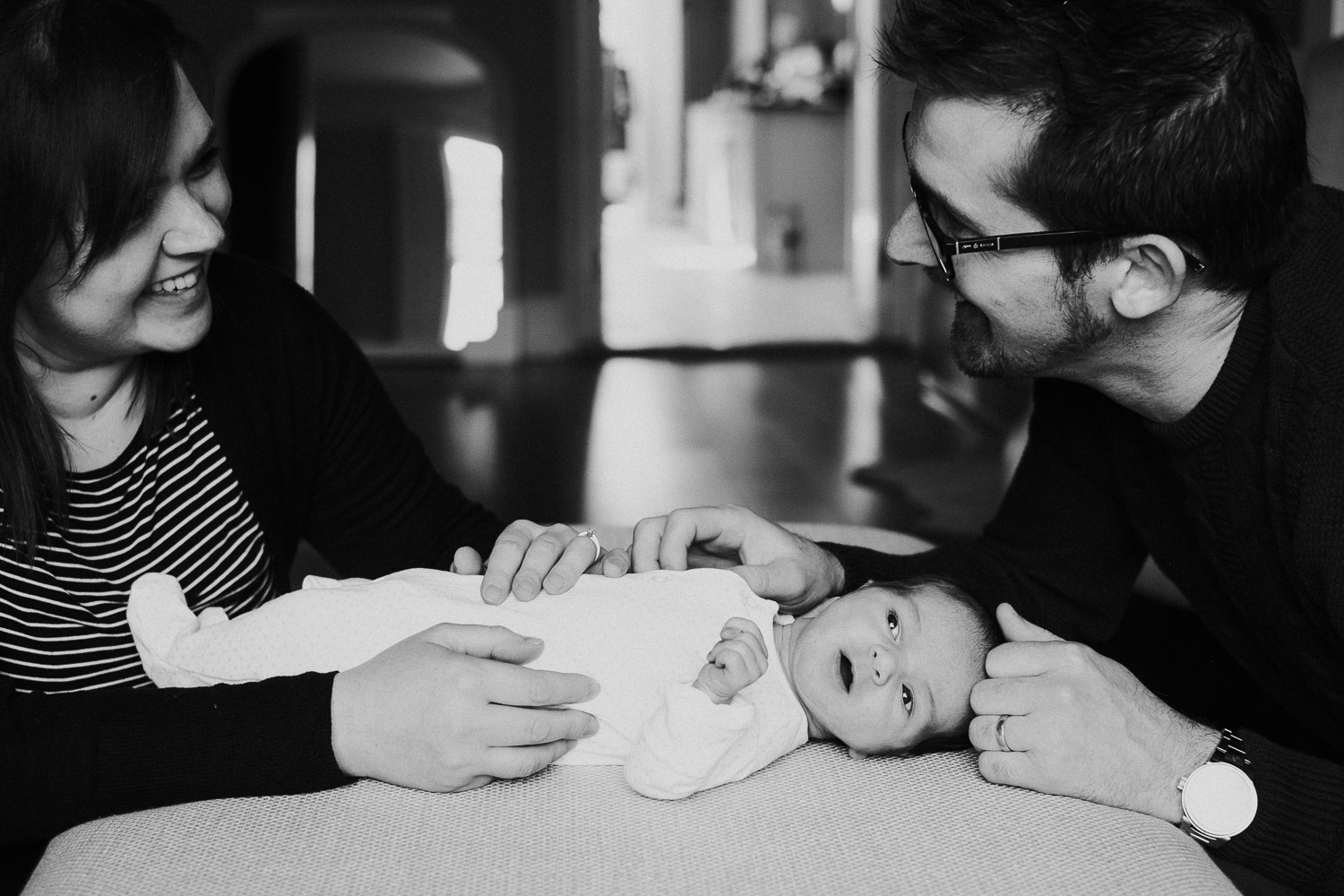 tunbridge wells baby photographer parents with newborn black and white