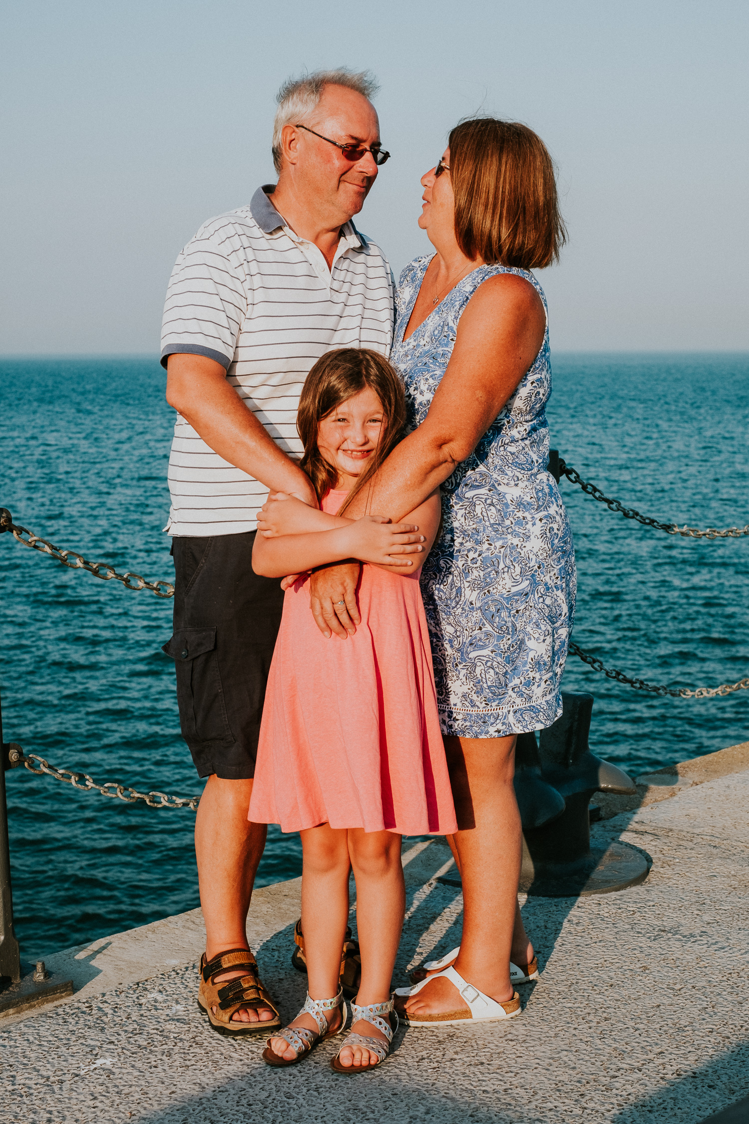 summer family photos in kent folkestone harbour arm child with grandparents