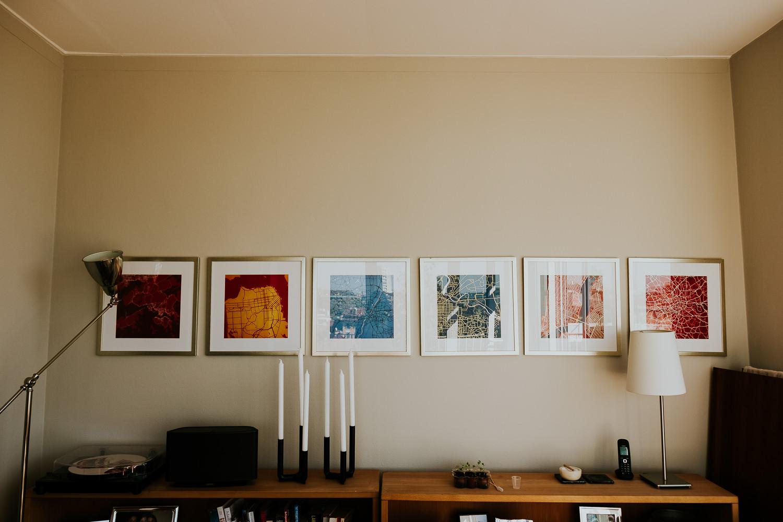 milan family photographer home interior sideboard