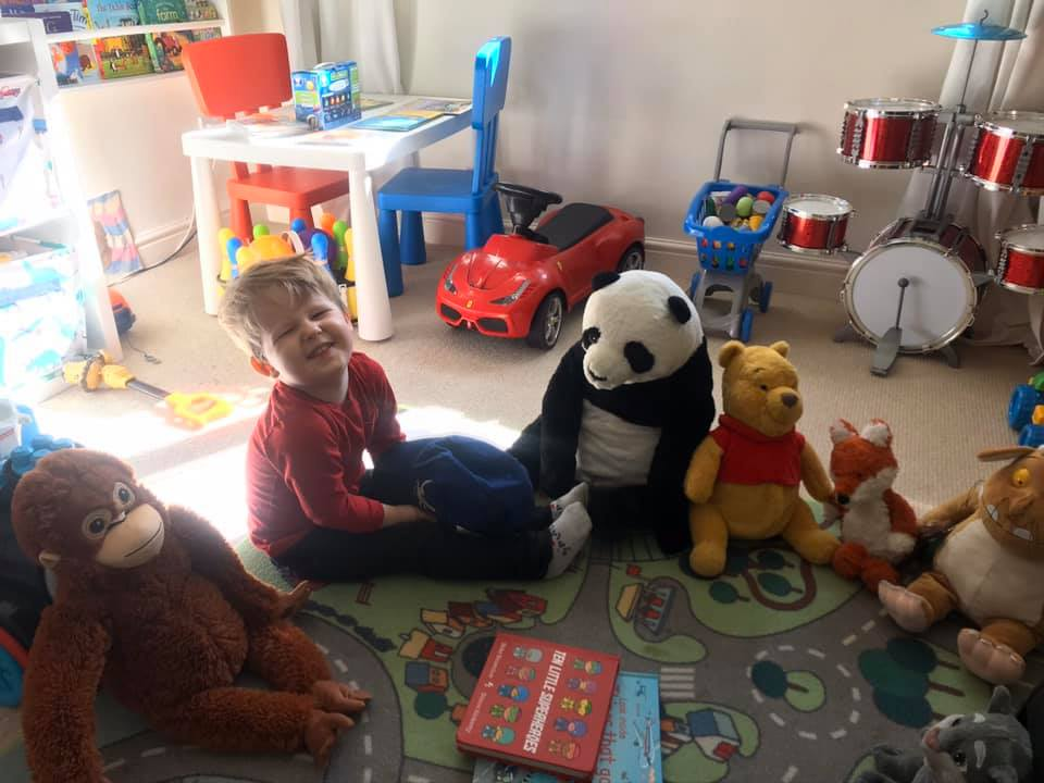 KIDS LOCKDOWN ACTIVITY IDEAS BOY TEDDIES READING