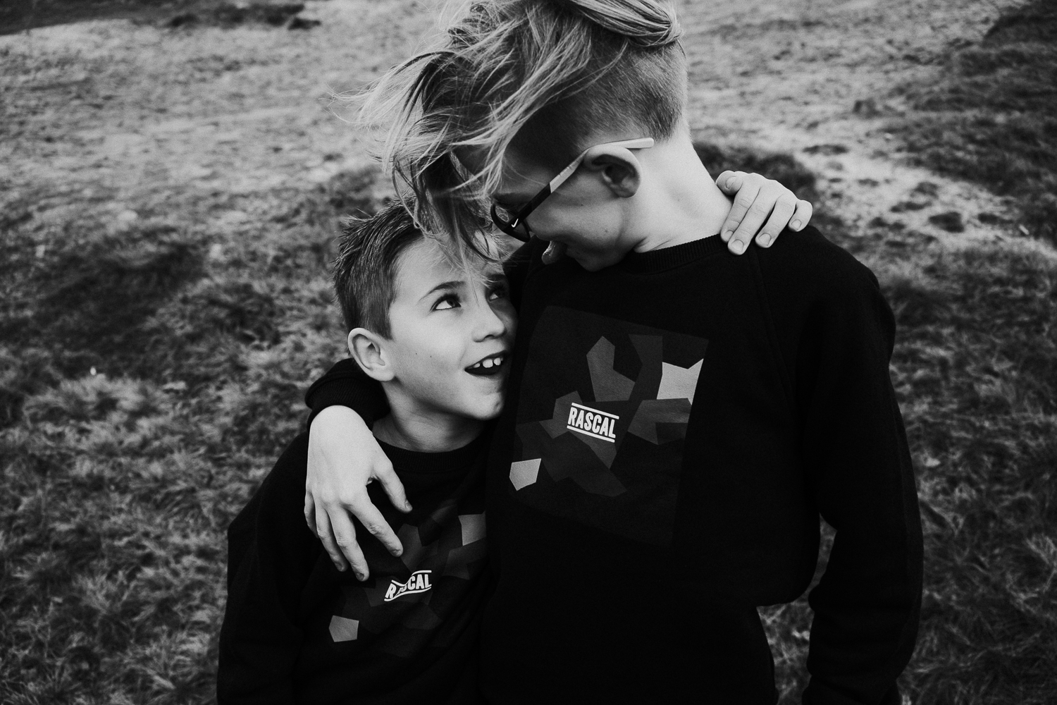 sibling family photography 2020 black and white brothers