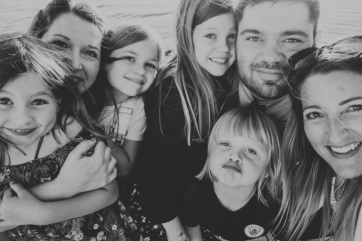 FAMILY SELFIE BLACK AND WHITE FAMILY PHOTOGRAPHY AT CENTER PARCS FRANCE LAC D'AILETTE